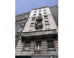 Stan u zgradi, Prodaja, Stari Grad (Beograd), Centar (uži)